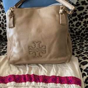 Tory Burch large Crossbody bag with dust bag.